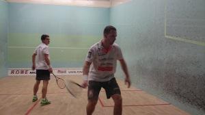 Alex Blach (re.) im Spiel gegen Carsten Schoor am Sonntag