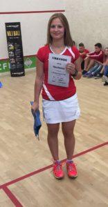 Nina Kästner wurde bestes Mädchen beim Dunlop Junior Cup!